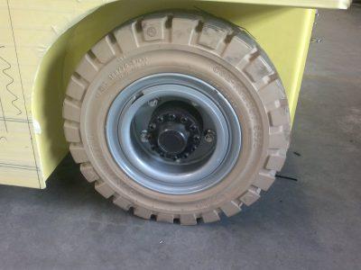 Reifen - Bereifung - Elektroschlepper