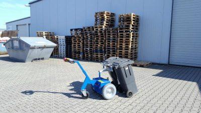 model blue 2 - Multimover - garbage bin pullaid - waste bin coupler - electric tug - power tug - electric tugger - electric tow tugs - Motorized tug - pedestrian electric tug