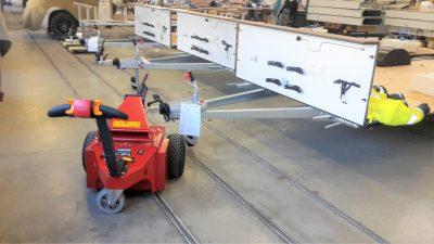 Industria - Trainatore elettrico - rimorchiatore elettrico - movimentatore carichi pesanti - rimorchio