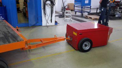 Industrierangierer - Elektroschlepper - Rangierhilfe - Industrieschlepper - Elektro-Schlepper - Zughilfe - Manövrierhilfe - Rangierschlepper - Deichselschlepper - Anhängerrangierer