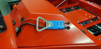 Laderstecker SBE120 Blau mit Flachkontakten
