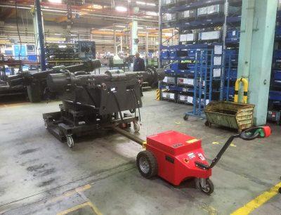 Multimover Industriehalle - Metallverarbeitung - Metallindustrie - Elektroschlepper - Rangierhilfe - Industrieschlepper - Elektro-Schlepper - Zughilfe - Manövrierhilfe - Rangierschlepper - Deichselschlepper - Anhängerrangierer - Schwerlastschlepper