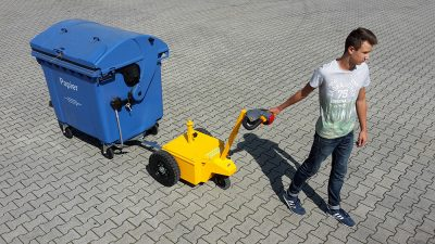 Multi-Mover_Waste-Container-Coupler2 - Multimover