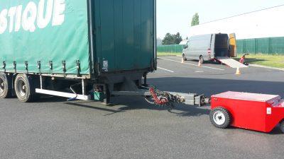 Multi-Mover - Tracteur Pousseur Electrique - Tracteur électrique - chariot manutention electrique - Tireur pousseur électrique - remorque remorque de camion