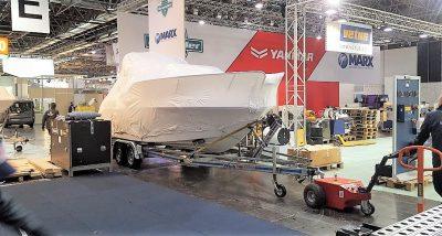 Multi-Mover XL35 Messe Boot - Elektroschlepper - Rangierhilfe - Industrieschlepper - Elektro-Schlepper - Zughilfe - Manövrierhilfe - Rangierschlepper - Deichselschlepper - Anhängerrangierer - Bootrangierer - Bootanhänger - Boot ziehen - Motorboot rangieren - Boottrailer manövrieren
